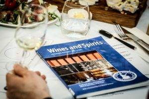 Książka Wines and Spirits WSET